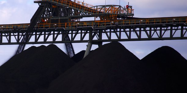 La production d'energies fossiles excede les objectifs climatiques, selon un rapport de l'onu[reuters.com]