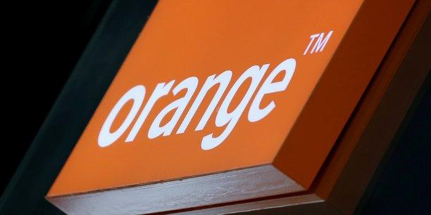 Orange précise qu'un quart du pactole servira « renforcer son leadership dans les réseaux en France et à l'international », et au financement de « projets liés à la transition écologique ».