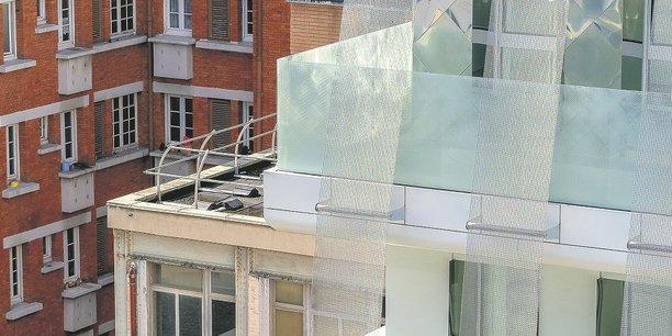 Après avoir abrité des logements entre 1957 et 1989, le bâtiment du 7-9 rue Victor-Schœlcher à Paris est devenu, en 1992, un immeuble de bureaux pour la Société anonyme de gestion des eaux de Paris (Sagep), avant de redevenir en 2019 sous l'autorité de la Régie immobilière de la ville de Paris (RIVP) un ensemble de logements sociaux. (Architecte: Alain Serfati)