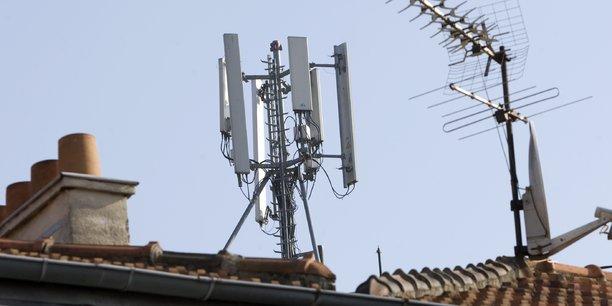 Des antennes de télécommunications mobiles.