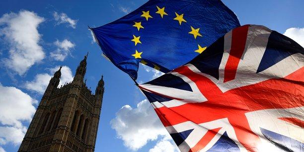 1er janvier 1973: le Royaume-Uni intègre la CEE, en même temps que l'Irlande et le Danemark.