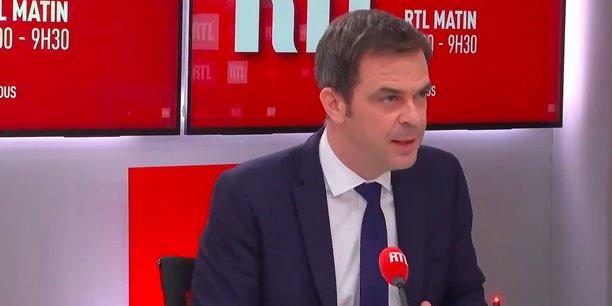 Olivier Véran, ce matin au micro de RTL: On a dépassé les 2.000 vaccinations hier, d'ici jeudi on va augmenter encore de façon très importante, on va être sur une courbe exponentielle.