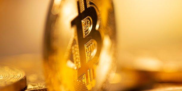 """Bitcoin à 30.000 dollars ou pourquoi """"l'or des fous"""" crée la surprise"""