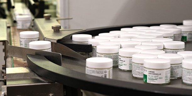 Le Laboratoire Gravier est spécialisé dans les cosmétiques et produits d'entretien bio.