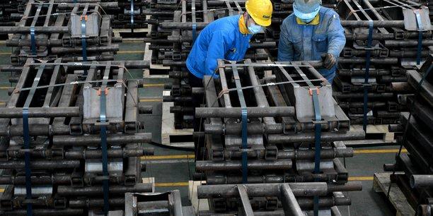 Chine: les exportations battent le consensus malgre un ralentissement[reuters.com]