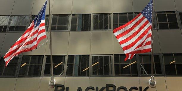 Blackrock depasse les attentes au 4e trimestre, niveau record d'actifs sous gestion[reuters.com]