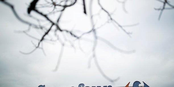 Carrefour/couche-tard: c'est un non courtois mais definitif, dit le maire[reuters.com]