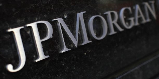 Bond du benefice de jpmorgan au 4e trimestre avec le trading et la banque d'investissement[reuters.com]