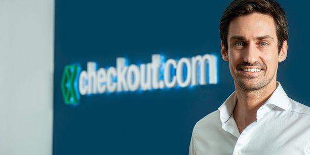 Diplômé d'HEC Lausanne et de l'Ecole Polytechnique fédérale de Lausanne, Guillaume Pousaz a fondé Net Merchant, avant de lancer en 2012 Checkout.com, prestataire de paiement en ligne.