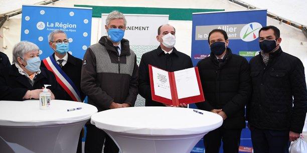En plus de mettre en lumière les investissements destinés au raccordement de la fibre optique ainsi qu'aux transports ferrovaires durant cette visite, Jean Castex en a profité pour annoncé la présentation à venir de nouvelles « modalités d'un dispositif de prêts participatifs soutenus par l'Etat ».