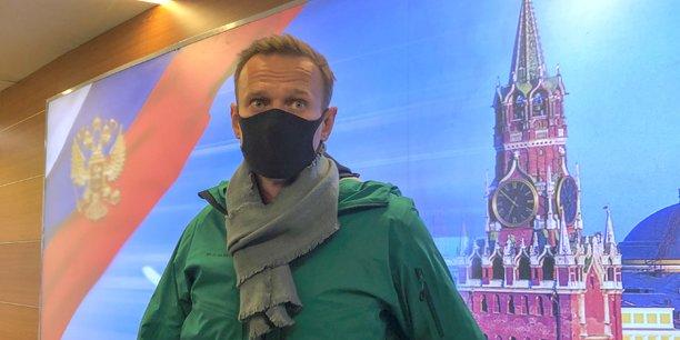 La russie arrete alexei navalny et s'expose a la colere des occidentaux[reuters.com]
