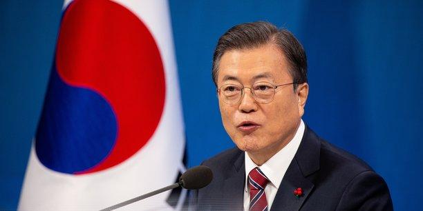 Moon appelle biden a poursuivre le dialogue avec la coree du nord[reuters.com]