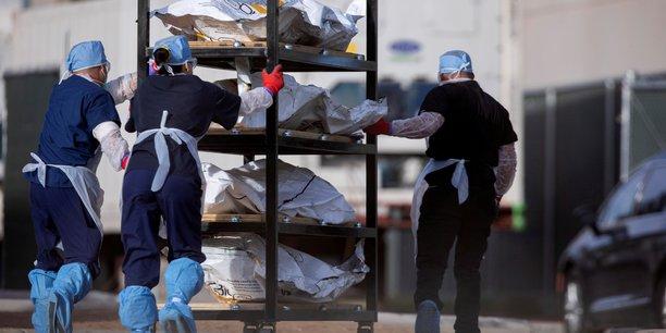 Coronavirus: les etats-unis franchissent le seuil de 400.000 morts[reuters.com]