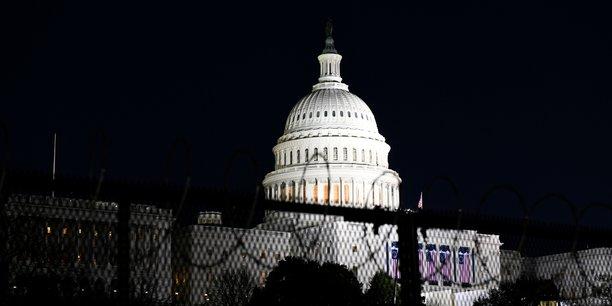 Usa: biden va signer 15 decrets apres son investiture[reuters.com]