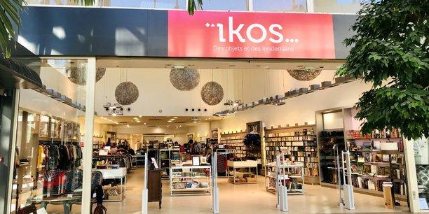 ïkos a ouvert à Bordeaux Lac une boutique éphémère d'objets de seconde main en pleine galerie marchande.