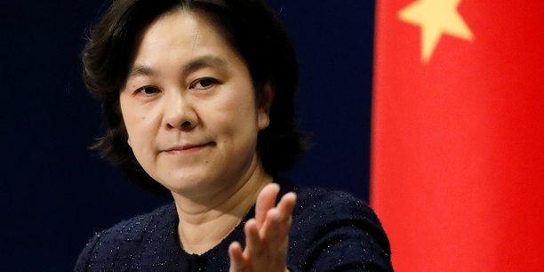 La porte-parole Hua Chunying prône l'apaisement avec les États-Unis