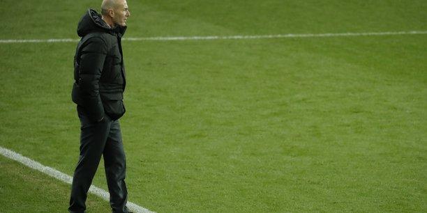 Zidane teste positif au covid-19[reuters.com]