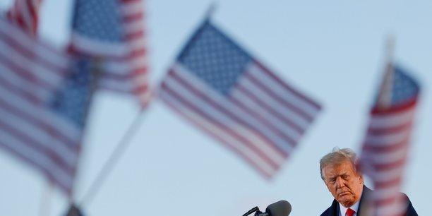 Une courte majorite d'americains veulent que le senat condamne trump, selon un sondage[reuters.com]