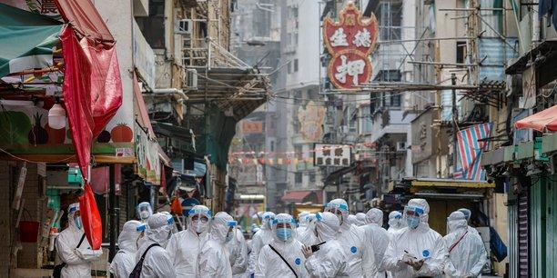 Coronavirus: un an apres le confinement de wuhan, la chine fait etat de 107 nouveaux cas[reuters.com]