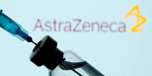 Photo d'illustration: l'Agence européenne des médicaments (EMA) a annoncé mercredi la tenue d'une conférence de presse à 16h00 (14h00 GMT) au sujet de la surveillance renforcée du vaccin contre le COVID-19 d'AstraZeneca et d'un lien éventuel avec la formation de caillots sanguins.
