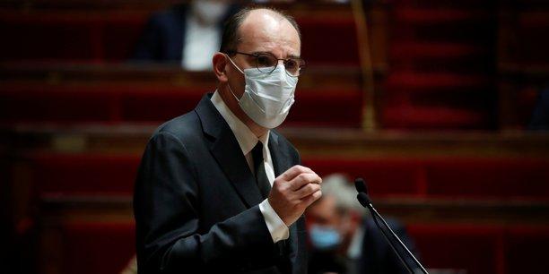Devant les députés, Jean Castex a réaffirmé mardi sa stratégie: Lorsque sont en balance des préoccupations sanitaires et des préoccupations économiques tout à fait légitimes, je prioriserai toujours la santé de nos concitoyens.