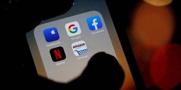 Après Facebook et Apple la semaine dernière, Amazon et Google ont publié leurs résultats mardi du dernier trimestre 2020, confirmant pour le premier son emprise sur le marché de la publicité en ligne et, pour le second, sa domination dans le commerce en ligne et les services web (cloud).