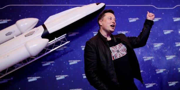 Satellites : ce village de la Manche qui barre la route à Elon Musk - La Tribune