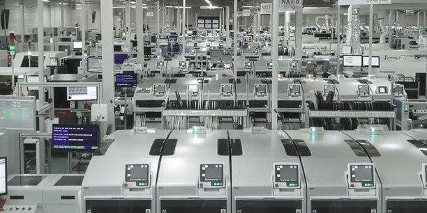 pour pallier en partie la baisse de la production pour l'automobile en 2020, All circuits s'est diversifié sur l'alimentation électronique des pousse-seringues et des goutte-à-goutte à destination des hôpitaux et cliniques.