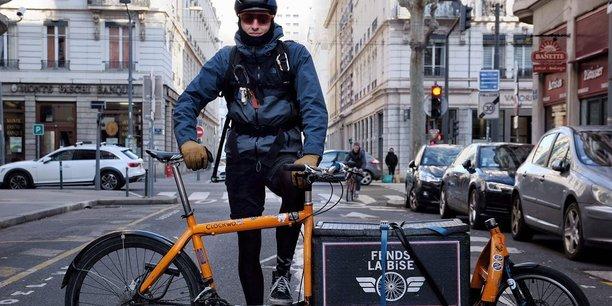 Les sociétés de coursiers à vélo, qui ont fleuri au cours des dernières années à Lyon, comptent elles aussi sur ce nouveau schéma d'aménagement pour faire passer la logistique verte à un autre stade.
