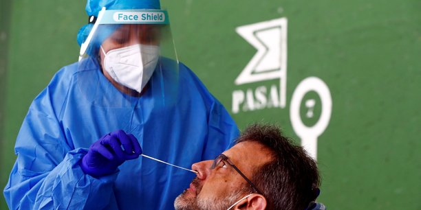 L'espagne annonce 20.849 nouveaux cas et 535 deces lies au coronavirus[reuters.com]