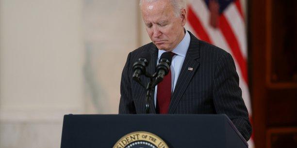Usa: biden rend hommage aux 500.000 morts du covid-19 dans le pays[reuters.com]