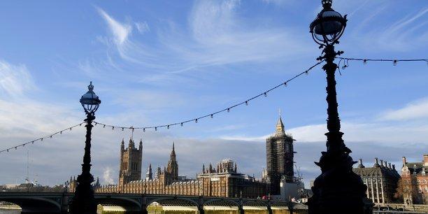 Londres accepte de prolonger le delai de ratification de l'accord post-brexit[reuters.com]