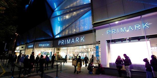 Le proprietaire de primark s'attend a un impact de 1,3 milliard d'euros du confinement sur son ca au 1er semestre[reuters.com]