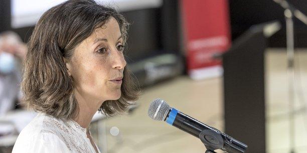 Sur le projet du Lyon-Turin, qui n'a pas les faveurs des élus écologistes, Aurélie Le Meur concède qu'il est nécessaire d'avoir un débat éclairé concernant les différents tracés possibles sur les accès au tunnel frontalier, afin que les bons choix d'investissement soient faits.