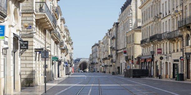 Le confinement du printemps dernier a amputé le volume des ventes immobilières en Gironde mais la dynamique des prix qui restent orientés à la hausse même si la tendance ralentit à Bordeaux.