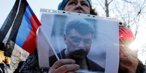Russie: commemoration pour l'anniversaire de la mort de l'opposant nemtsov[reuters.com]