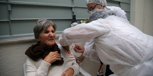 Plus de 1.300 morts au bresil pour le 5e jour consecutif[reuters.com]
