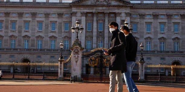 Plus de 20 millions de britanniques vaccines contre le covid-19[reuters.com]