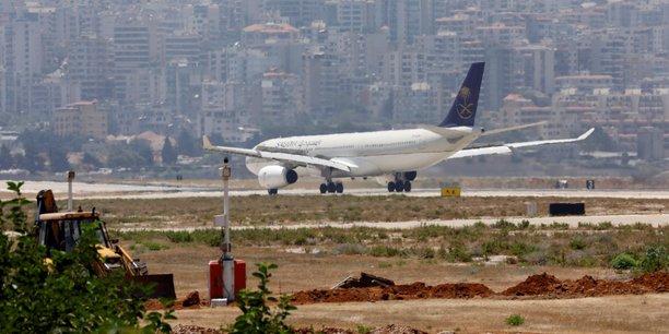 Saudia prevoit de commander 70 appareils a airbus et boeing[reuters.com]