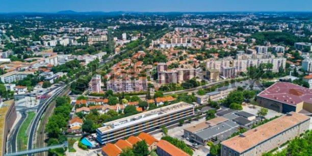 La CDAC traite une vingtaine de dossiers par an, impliquant la création de 10.000 m2 commerciaux supplémentaires dans le département de l'Hérault.