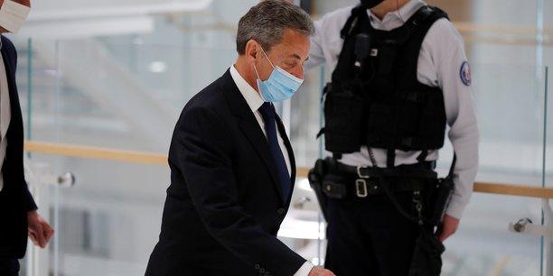 Sarkozy se dit pret a attaquer la france devant la cour europeenne des droits de l'homme[reuters.com]