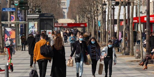 La Mairie de Paris s'est déclarée très « préoccupée par la situation du commerce parisien » alors que le nombre de magasins dans la capitale a diminué en un an.