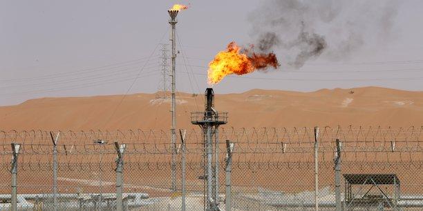 Petrole: l'arabie saoudite envisage de prolonger la reduction de sa production jusqu'en avril[reuters.com]