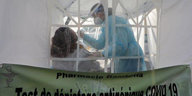Coronavirus: plus de 25.200 infections supplementaires en france[reuters.com]