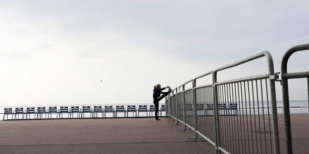 France: plus de 23.300 cas recenses en 24 heures[reuters.com]
