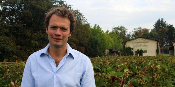 Elu président d'A La Francaise, en juin 2020, Pierre-Jean Romatet a fondé en 2010 l'entreprise d'oenotourisme Bordovino, devenue A La Française en 2018.