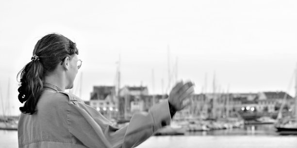Neuf Bretonnes sur dix travaillent dans le secteur tertiaire selon le recensement Insee de la population en 2017, complété par des exploitations complémentaires de janvier 2020. (Photo by Lieselotte De Bie on Unsplash)