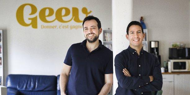 Florian Blanc et Hakim Baka, les cofondateurs de Geev, la plateforme de dons d'objets et de denrées alimentaires.