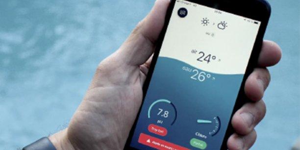 Alors que son premier outil connecté (Flipr Start) permettait aux utilisateurs d'analyser l'eau de piscine propre, Flipr a lancé une solution complémentaire, Flipr Hub, un outil de pilotage et de contrôle à distance depuis un smartphone.