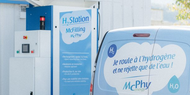 McPhy fabrique actuellement 20 stations de recharge par an et entend passer à 100 dès 2022 grâce à l'ouverture d'une nouvelle usine en France. D'ici 2024, une gigafactory d'électrolyseurs verra aussi le jour dans l'Hexagone. Son implantation doit être décidée cet été.